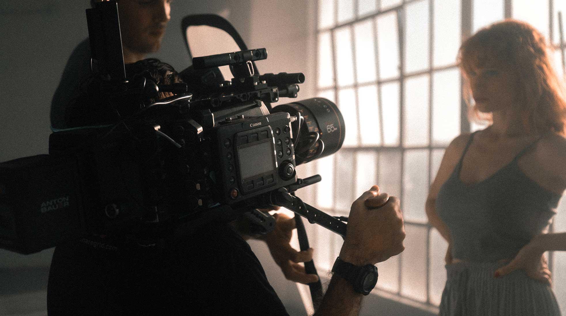 Filminspelning. Foto: Jakob Owens / Unsplash